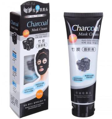 Черная угольная маска от черных точек